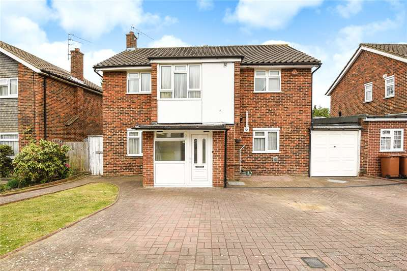 5 Bedrooms Detached House for sale in Albury Drive, Pinner, HA5