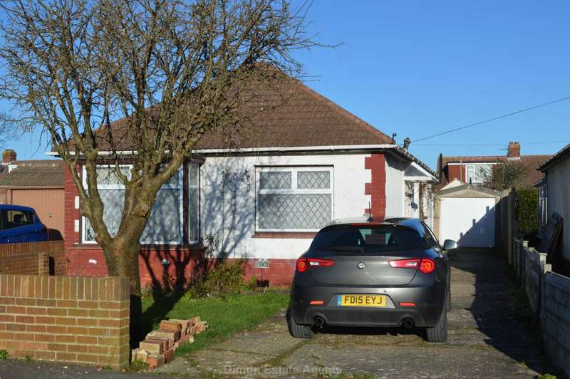 2 Bedrooms Detached Bungalow for sale in Lerryn Road, Bridgemary