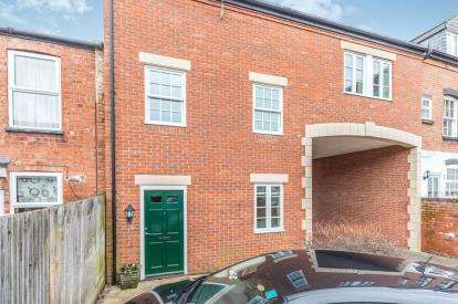 2 Bedrooms Terraced House for sale in Albion Mill, Portland Street, Worcester, Worcestershire