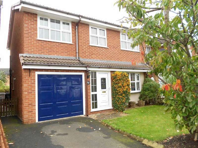 4 Bedrooms Detached House for sale in Bleasdale Road, Coppenhall, Crewe, Cheshire