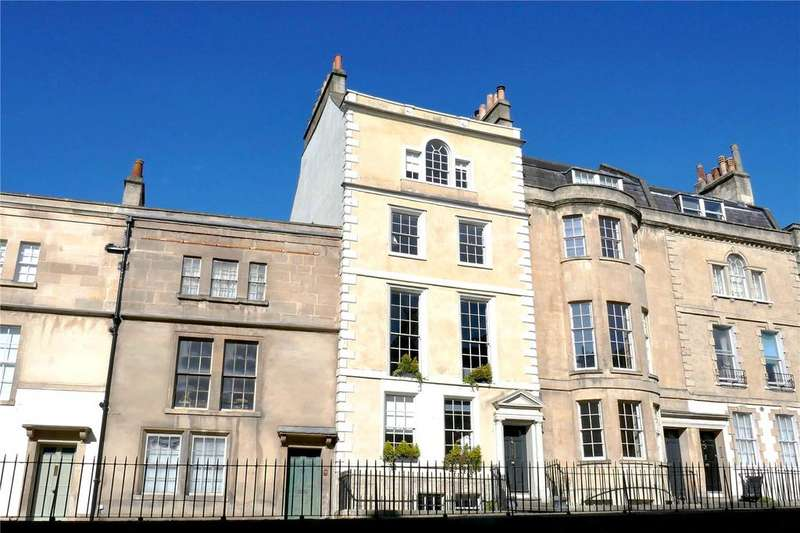 5 Bedrooms Terraced House for sale in Vineyards, Bath, BA1