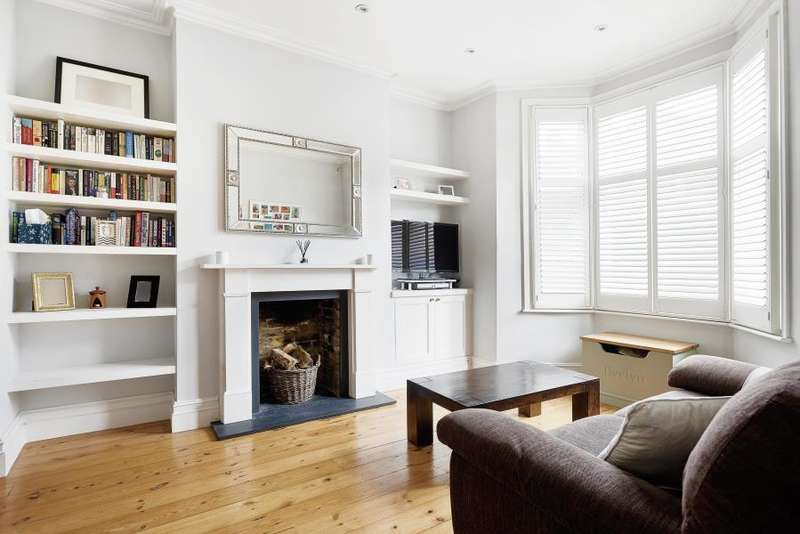 4 Bedrooms Terraced House for sale in Cavendish Road, SW12