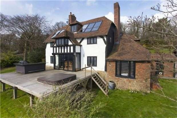 4 Bedrooms Detached House for sale in Charing Hill, Charing, Ashford, Kent