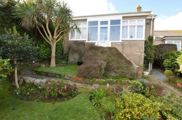 2 Bedrooms Detached Bungalow for sale in Chywoone Hill, Newlyn, Penzance, Cornwall