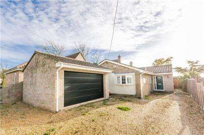 4 Bedrooms Bungalow for sale in Witchford, Ely