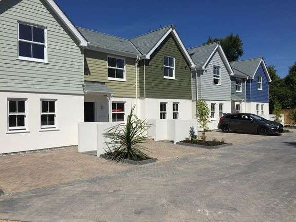 2 Bedrooms Terraced House for sale in Winslade Road, Sidmouth
