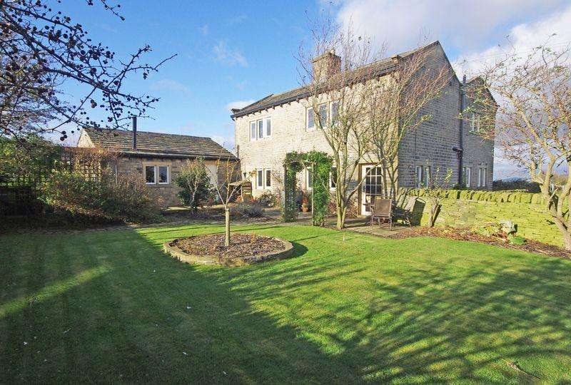 4 Bedrooms Detached House for sale in Moor Hey Cottage, Moor Hey Lane, Upper Edge, HD2 2EL