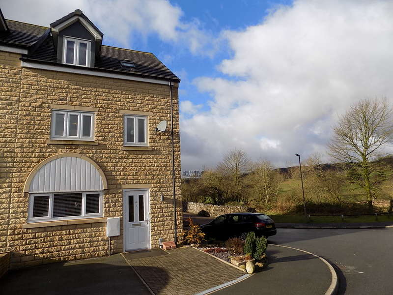 3 Bedrooms Mews House for sale in Springdale, Buxton