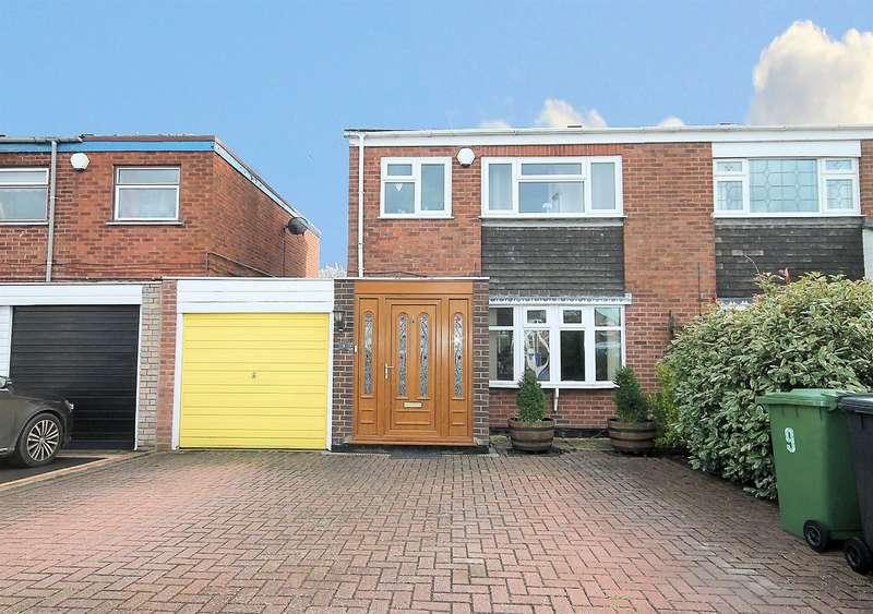 3 Bedrooms Semi Detached House for sale in Cherwell, Belgrave,Tamworth, B77 2LJ