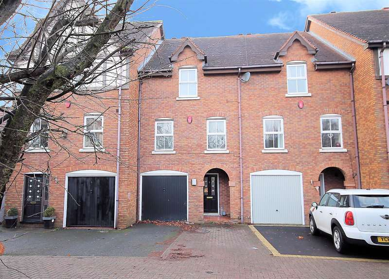 4 Bedrooms Town House for sale in Highgrove Close, Tamworth, B79 8RQ