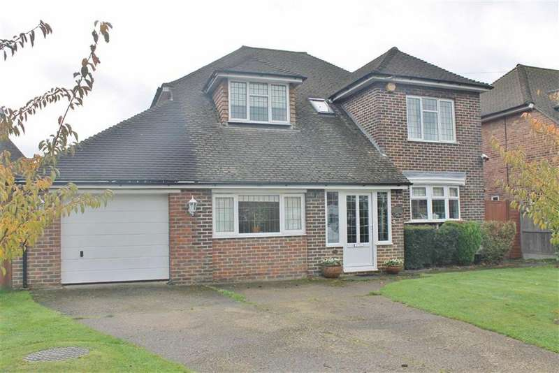 4 Bedrooms Detached House for sale in Greenlands, Sole Street, Cobham