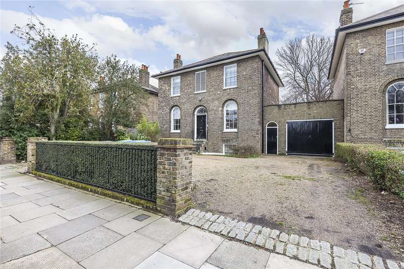 5 Bedrooms Detached House for sale in Shooters Hill Road, London, SE3