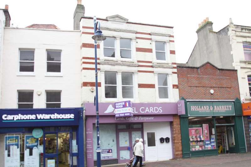 2 Bedrooms Flat for sale in High Street, Gosport PO12