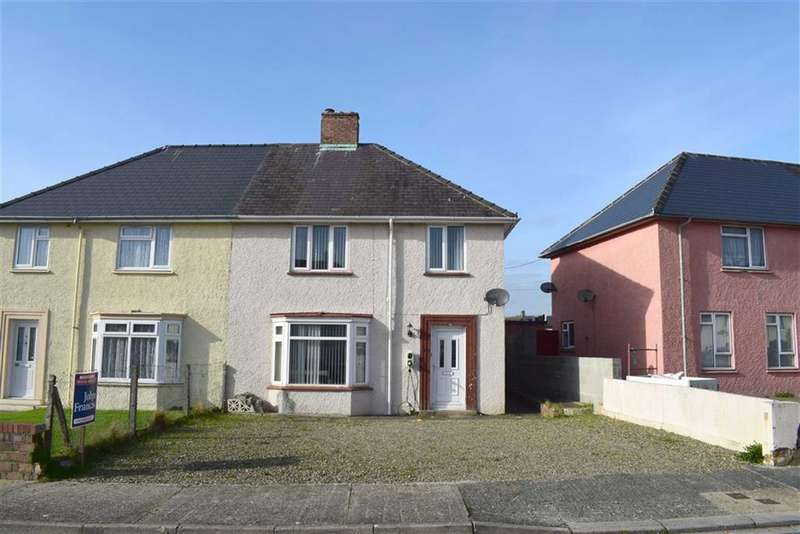 3 Bedrooms Semi Detached House for sale in St. Ann's Crescent, Pembroke