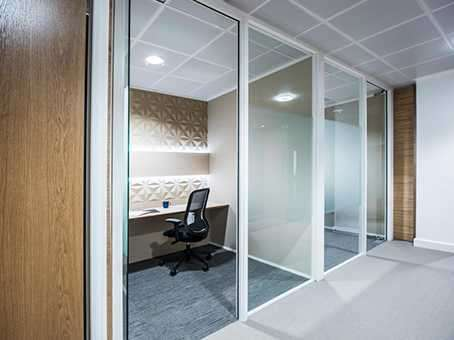 Office Commercial for rent in Tallis Street, London