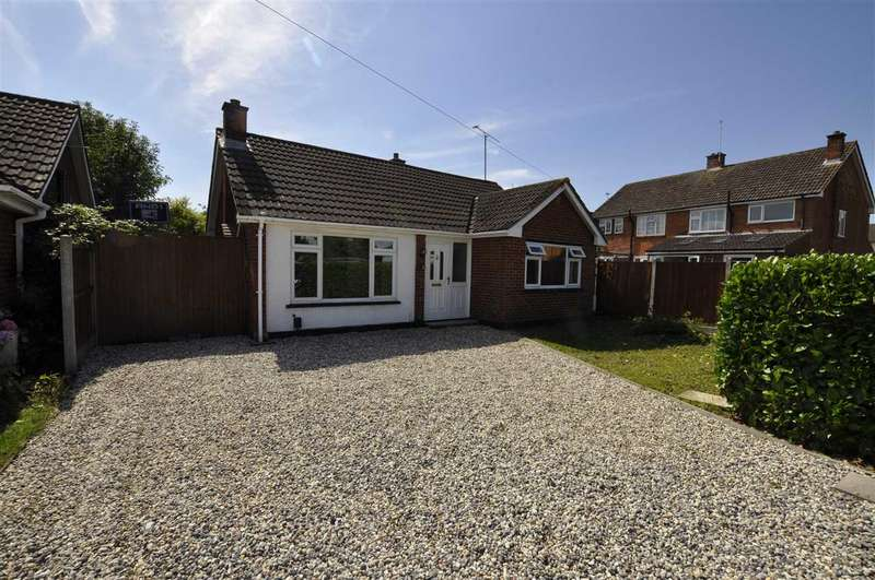2 Bedrooms Bungalow for sale in Burnham Road, Chelmsford