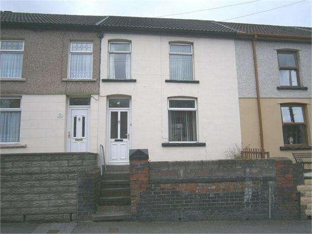 3 Bedrooms Terraced House for rent in Trealaw Road, Trealaw, Rhondda Cynon Taff. CF40 2NS