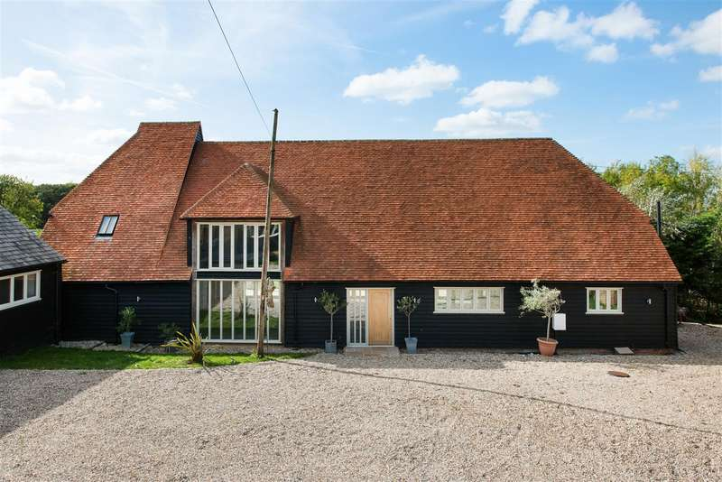 5 Bedrooms Detached House for sale in Honey Hill, Blean, Canterbury