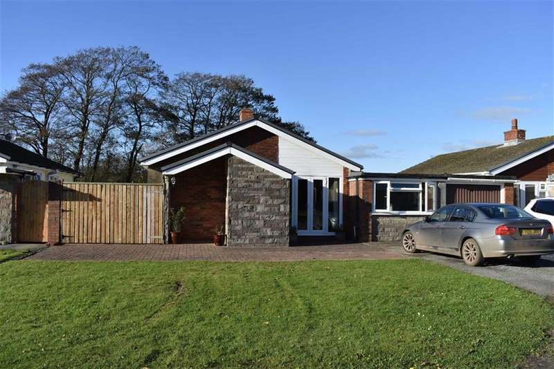 4 Bedrooms Detached Bungalow for sale in Glan Morfa, Ferryside
