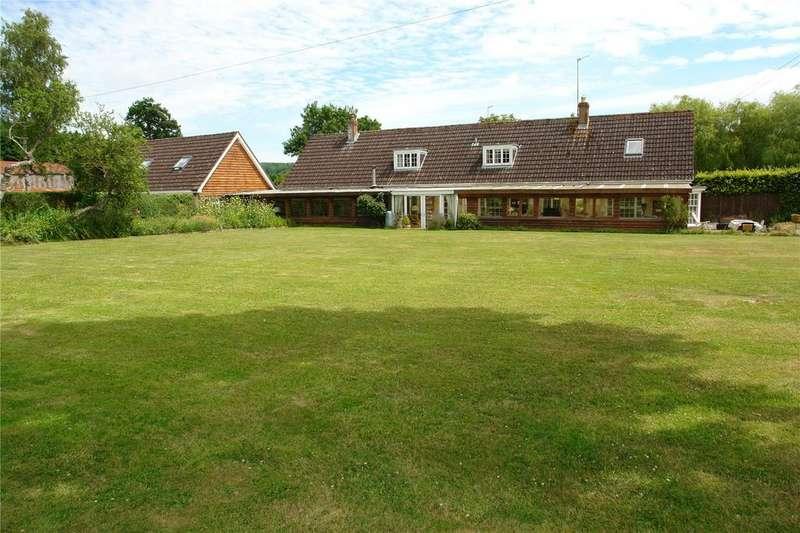5 Bedrooms House for sale in Compton Bassett, Compton Bassett, Wiltshire