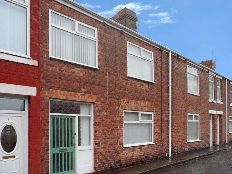 3 Bedrooms Property for sale in Hollymount Avenue, Bedlington, Bedlington, Northumberland, NE22 5AJ