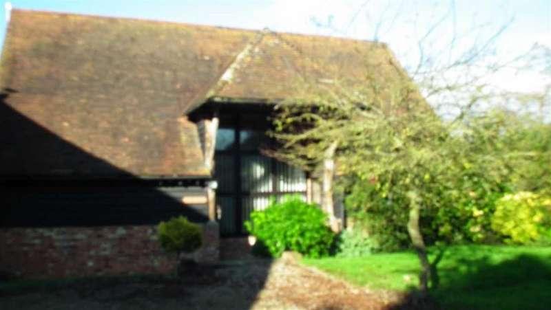4 Bedrooms Detached House for rent in Barn, Faversham, Kent