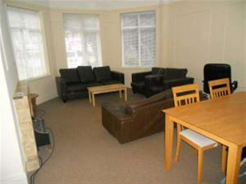 5 Bedrooms House for rent in Grove Road, East Cliff, Bournemouth, Dorset