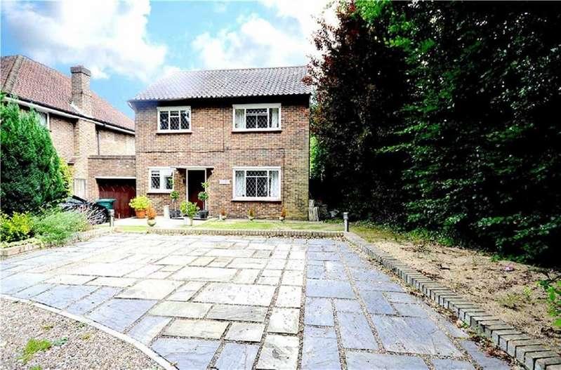 3 Bedrooms Detached House for sale in Arkley Lane, Arkley, Hertfordshire