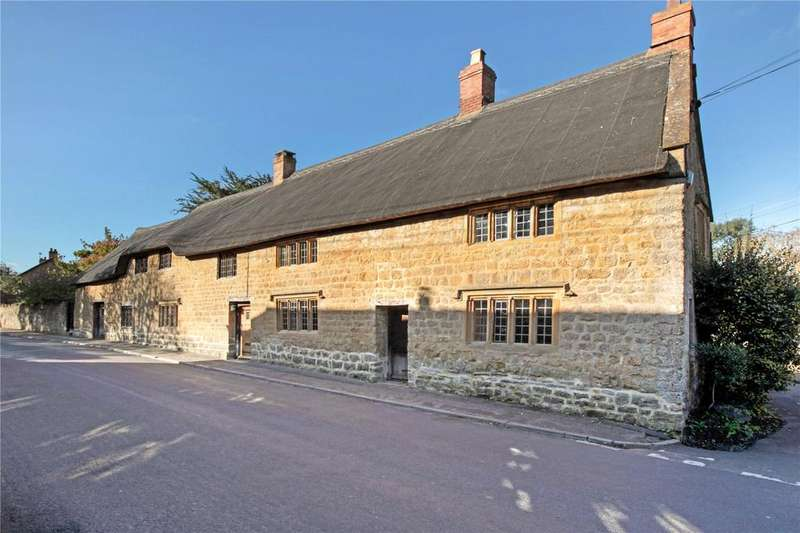 5 Bedrooms Detached House for sale in Barrington, Ilminster, Somerset