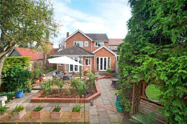 4 Bedrooms Detached House for sale in High Street, Girton, Cambridge
