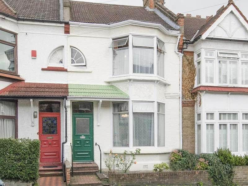 3 Bedrooms Terraced House for sale in Park Hall Road, N2