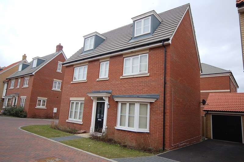 5 Bedrooms Detached House for rent in Bridge Farm Close, Mildenhall, Bury St. Edmunds