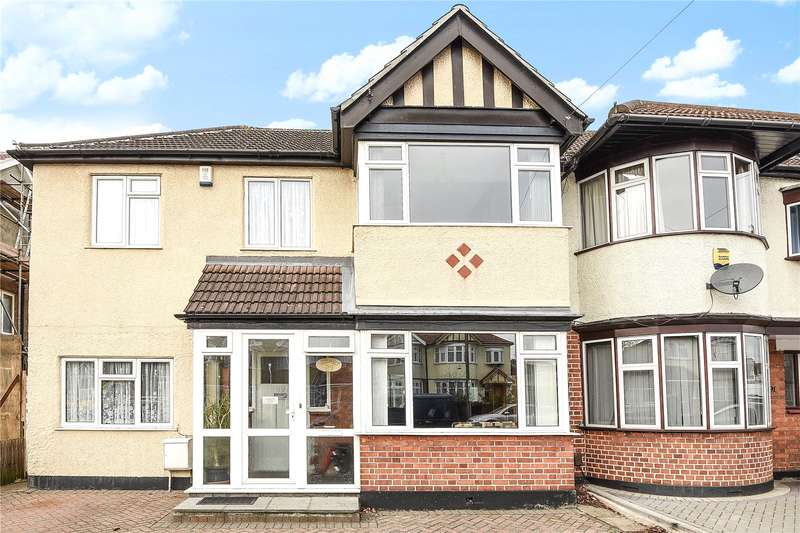 4 Bedrooms End Of Terrace House for sale in Cornwall Road, Ruislip, Middlesex, HA4