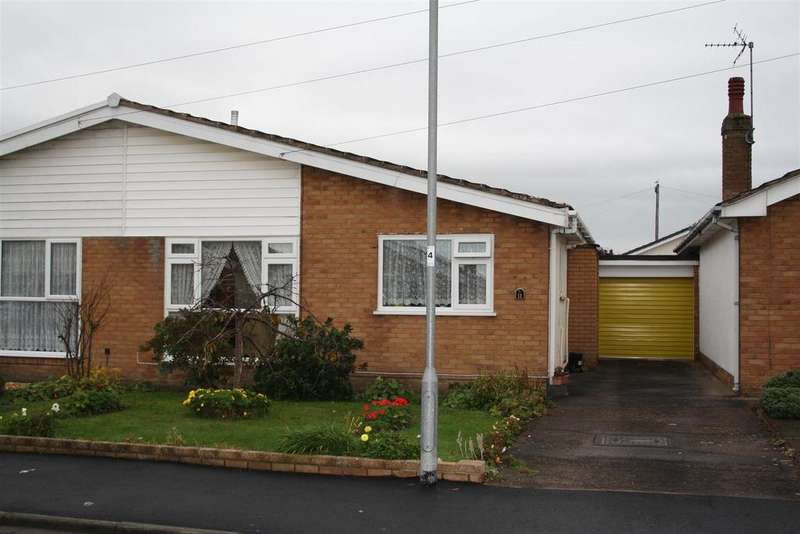 2 Bedrooms Semi Detached Bungalow for sale in Spruce Avenue, Rhyl