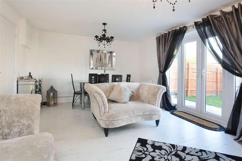 3 Bedrooms Semi Detached House for sale in Cowleaze, Ridgeway Farm, Swindon