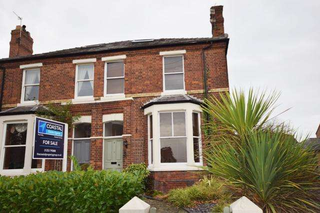 3 Bedrooms Semi Detached House for sale in Stanley Road, Lytham, FY8
