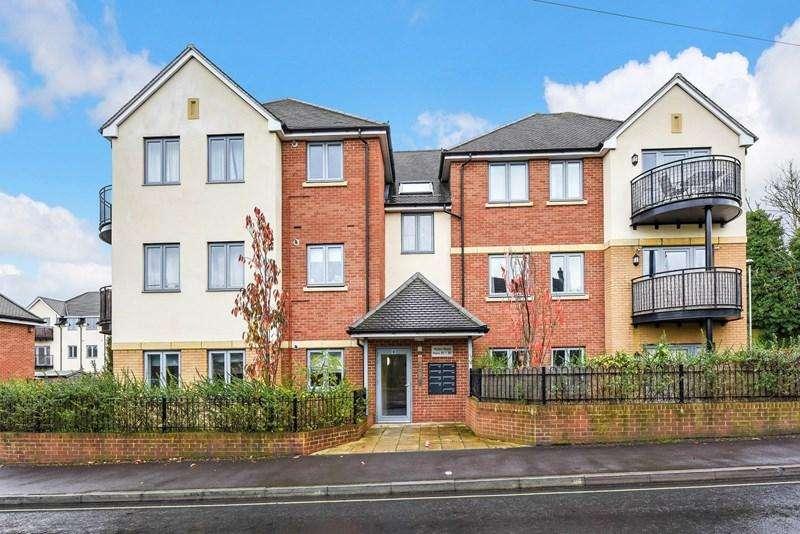 2 Bedrooms Apartment Flat for sale in Mylen Road, Andover