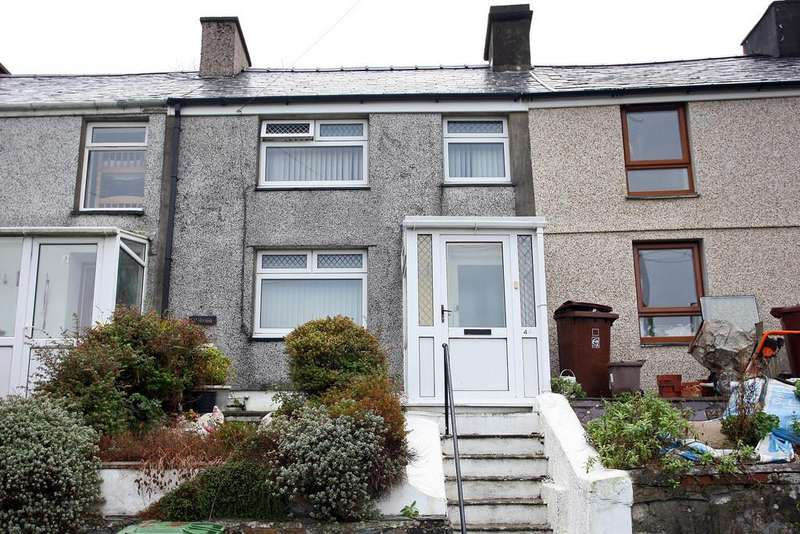 3 Bedrooms Terraced House for sale in Hyfrydle Road, Talysarn, North Wales