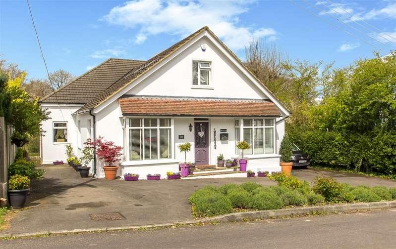 5 Bedrooms Detached House for sale in Paynesfield Road, Tatsfield, Westerham