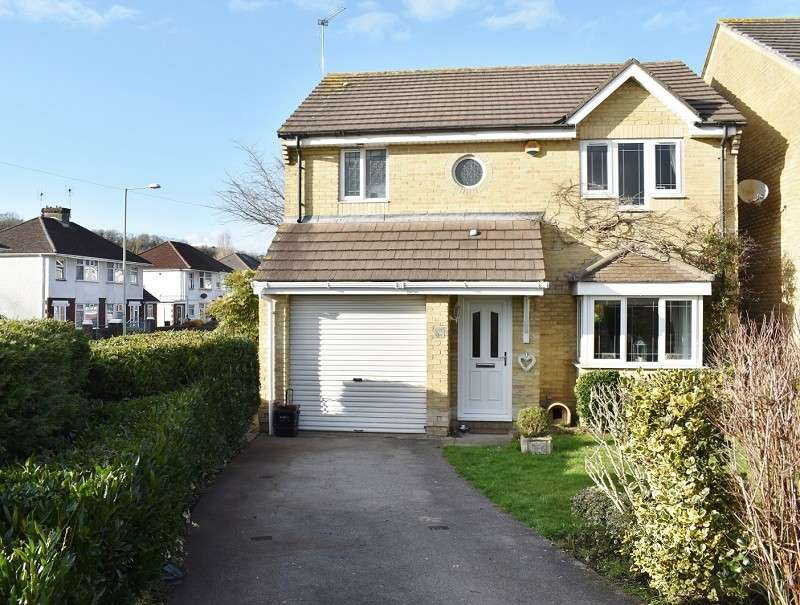 4 Bedrooms Detached House for sale in Gerddi Quarella , Bridgend. CF31 1LG
