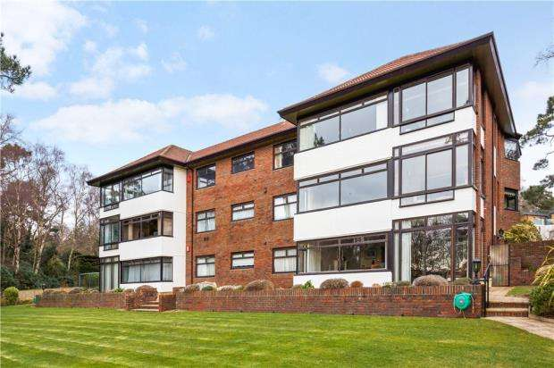 3 Bedrooms Flat for sale in Branksome Park, Poole, Dorset, BH13