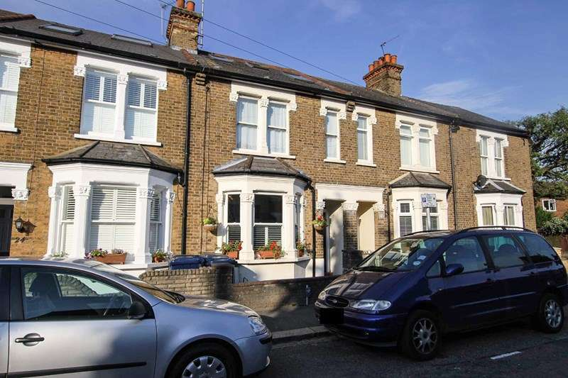 4 Bedrooms Terraced House for sale in Thornton Road, High Barnet