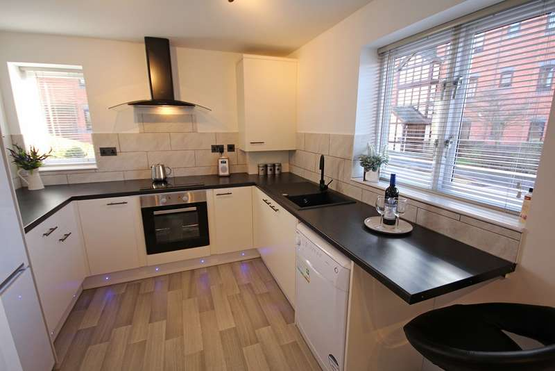 2 Bedrooms Flat for sale in Chandlers House, Leamington Spa