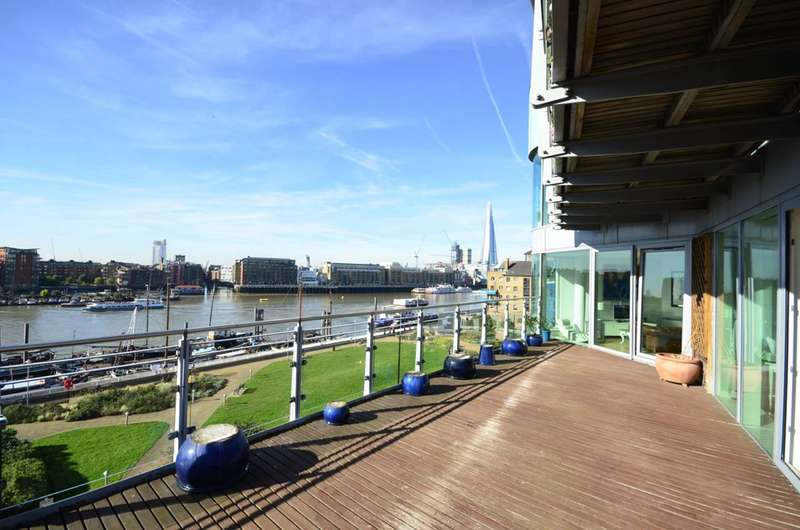 2 Bedrooms Flat for rent in Halcyon Wharf, Wapping, E1W