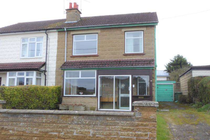 3 Bedrooms Semi Detached House for sale in Highworth Road