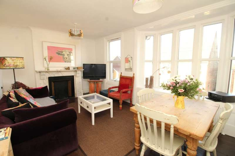 2 Bedrooms Flat for sale in High Street, Westham, Pevensey, BN24