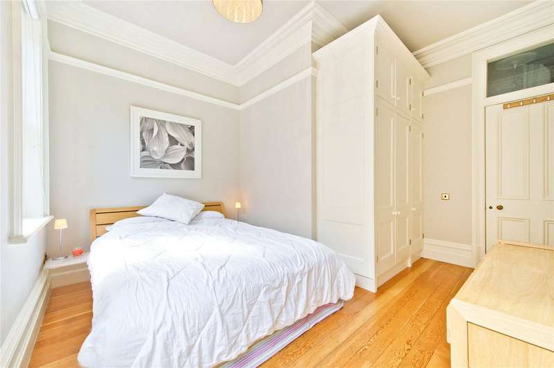 1 Bedroom Apartment Flat for rent in Bedford Court Mansions, Bedford Avenue, London, WC1B