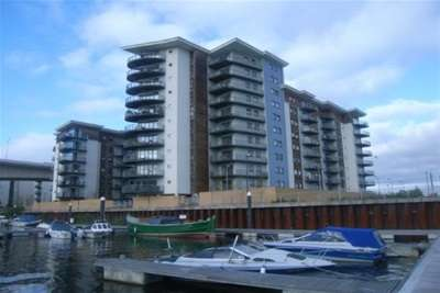 3 Bedrooms Flat for rent in Alexandria,Victoria Wharf, Watkiss Way, Cardiff