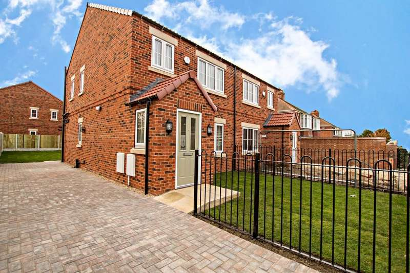 3 Bedrooms Semi Detached House for sale in NEW HOMES Rosedene Close