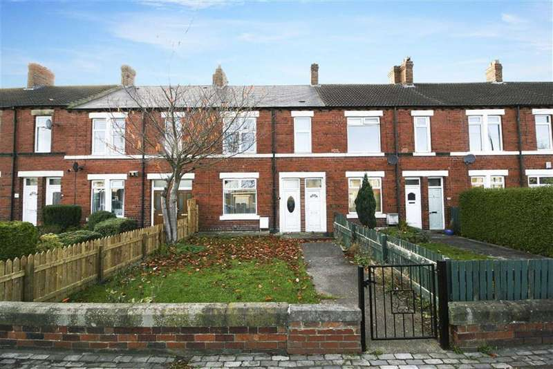 3 Bedrooms Flat for sale in East View, Wideopen, Newcastle Upon Tyne